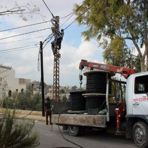 تمديد شبكة كابلات اضافية لمشروع اشتراك الكهرباء